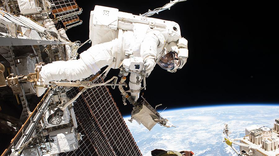 NASA astronaut Mark Vande Hei during his spacewalk 10 October. Credits: NASA