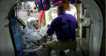 2014-10-07 13_31_10-Watch the spacewalk _ Alexander Gerst's Blue Dot blog
