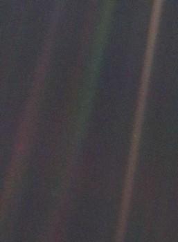 Our pale blue dot seen by NASA's Voyager 1. Credits: NASA