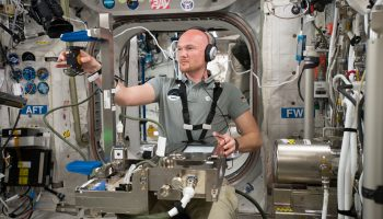 A dexterous laboratory in space – Grip experiment. Credits: ESA/NASA
