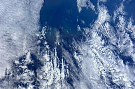 Nederland onder de wolken
