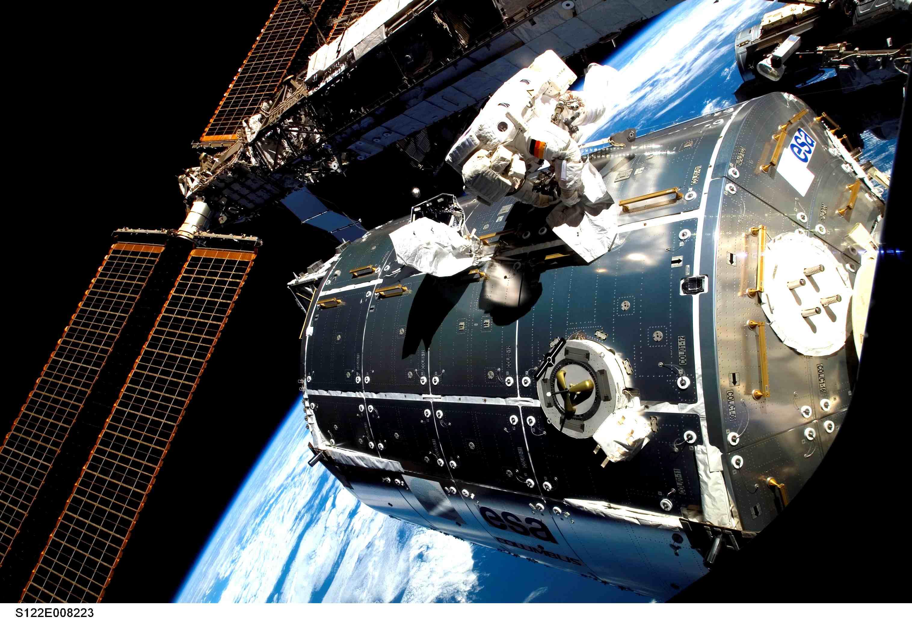 spacecraft grounding - photo #6