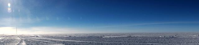 Plateau inner Antarctica. (M. Brogioni)