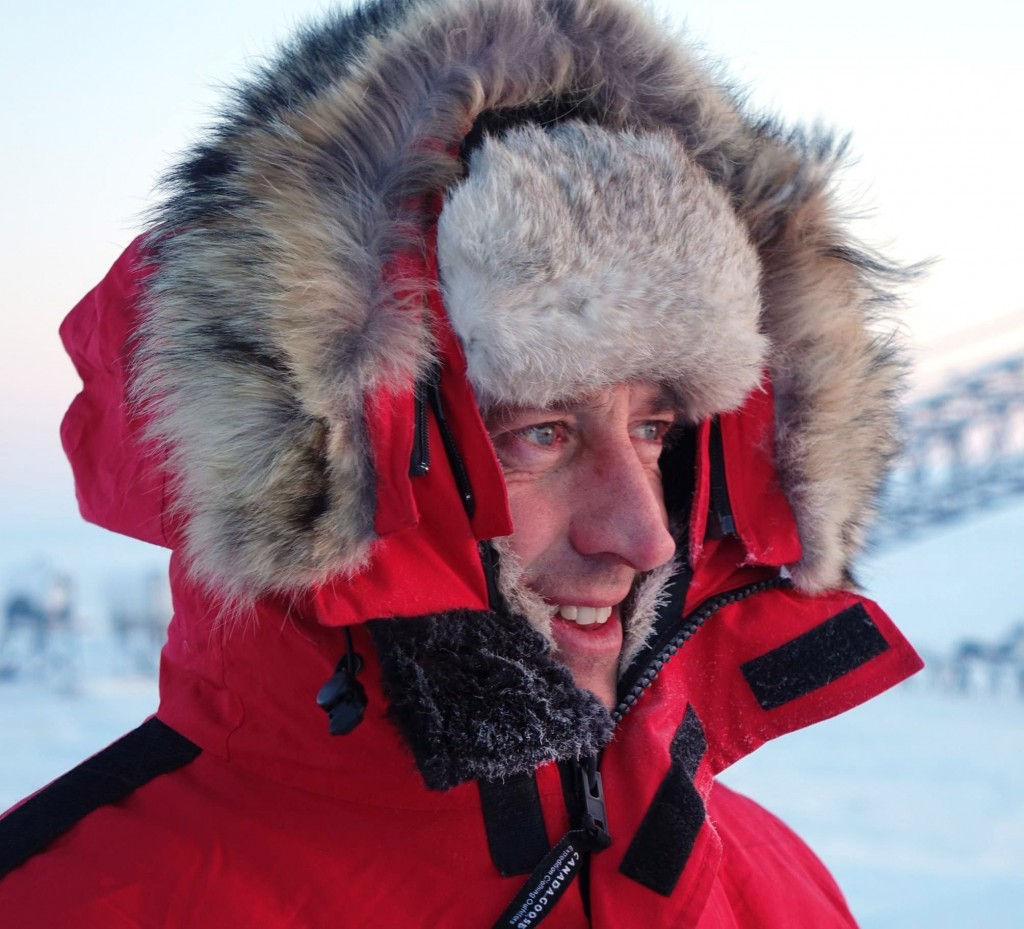 ESÄ's Mark Drinkwater braving the cold for the Arctic CryoVex campaign. (ESA)