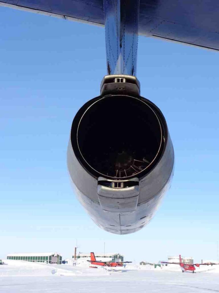 Ilyushin port jet engine above the two Twin Otter aircraft. (Mark Drinkwater–ESA)
