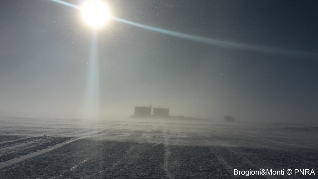 Concordia Station seen from the summer camp. (credits: M. Brogioni/F. Monti)
