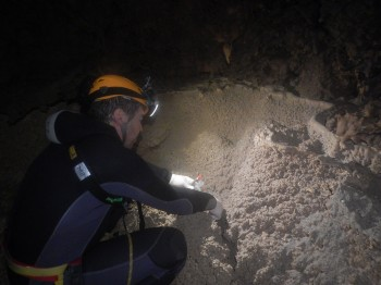 Astronauts on the 2013 CAVES expedition collect soil samples from the Sardinian caves. Credit: ESA/S.Leuko/L.Bessone