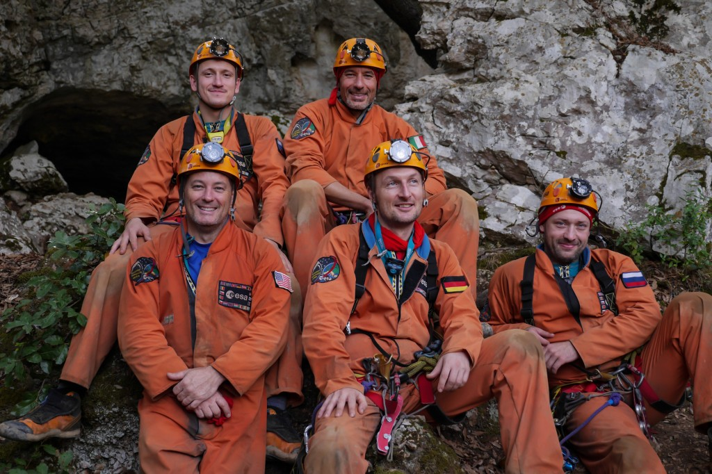 Caves 2014 Team on the last day of their adventure. Credits: ESAS.Sechi