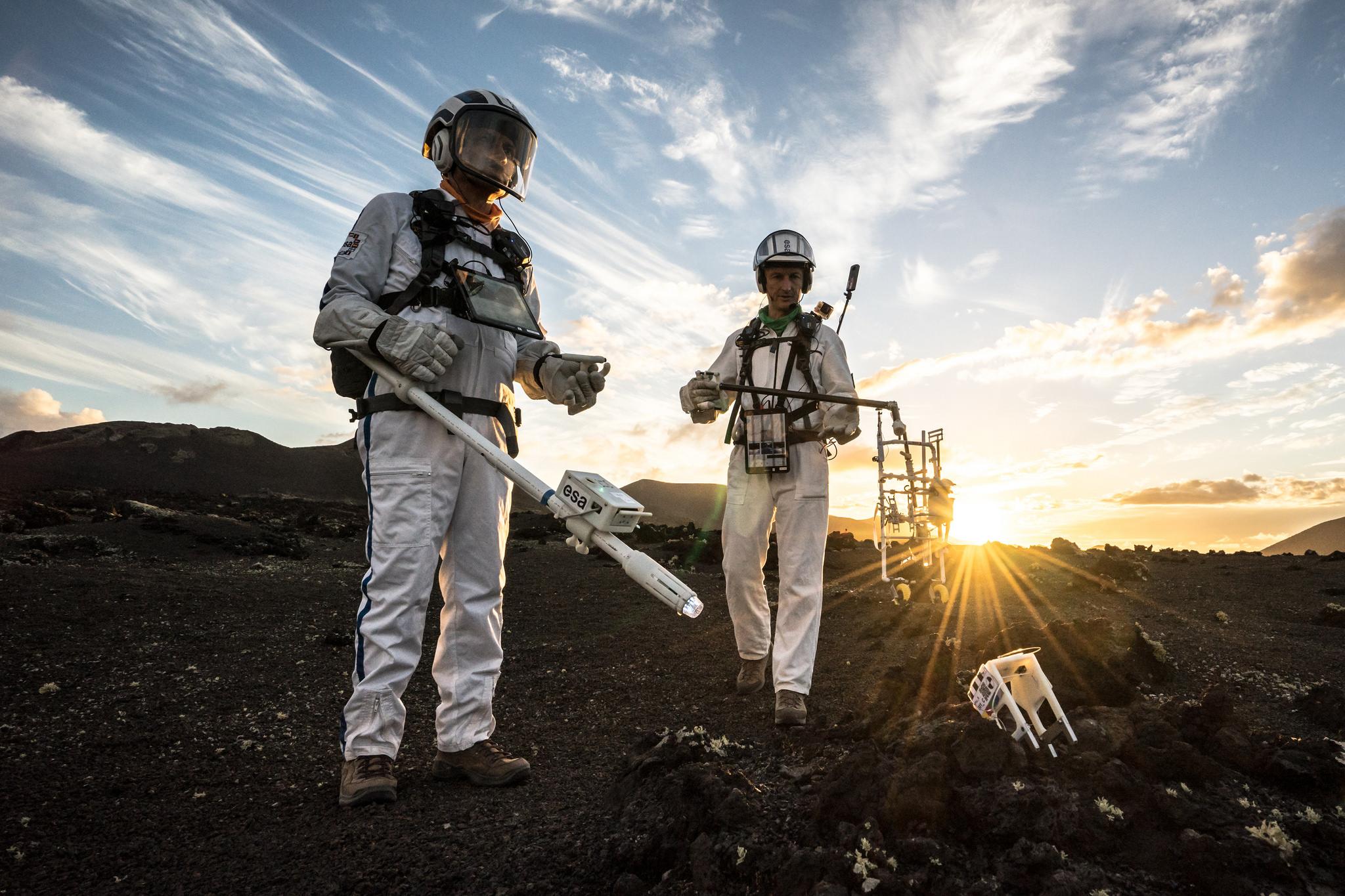 Preparing astronaut lunar exploration