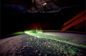 Aurora Australis: Over the Southern Lights between Antarctic and Australia seen from the ISS. Credit: ESA/NASA/André Kuipers