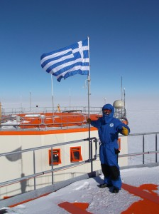 Evangelos with Greek flag. Credits: ESA/IPEV/PNRE-E. Kaimakamis