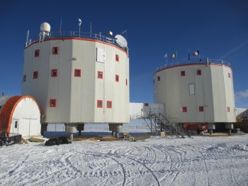 Twin towers of Concordia. Credits: ESA/IPEV/PNRA-E. Kaimakamis