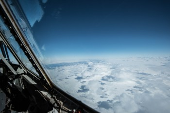 Flying over Antarctica. Credits: ESA/IPEV/PNRA-B. Healey