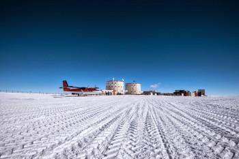 Concordia station. Credits: IPEV/PNRA/ESA-B. Healey