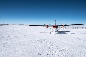 Basler plane at Concordia. Credits: ESA/IPEV/PNRA-B. Healey
