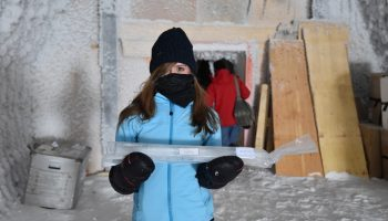 Beth Healey with an EPICA ice core. Credits: ESA/IPEV/PNRA