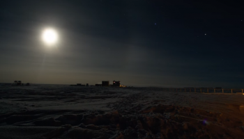 2016-08-18 16_06_22-Antartica night - YouTube