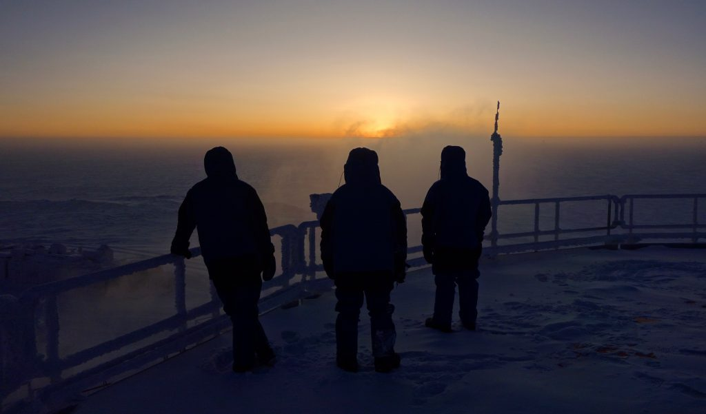 First sunrise. Credits: ESA/IPEV/PNRA–F. van den Berg