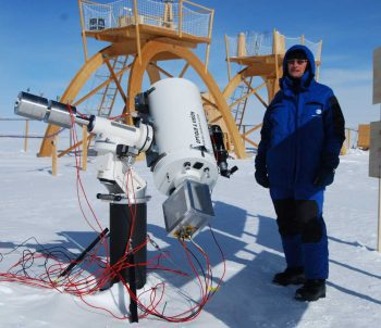 Didier with astronomy telescope. Credits: ESA/IPEV/PNRA