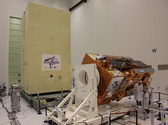 Container close to MetOp for transfer to HPF