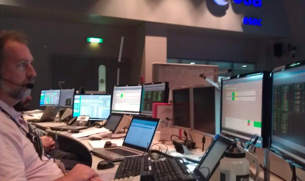 Ground Operations console team during sim training for MetOp-B launch, 7 Sep 2012. Credit: ESA