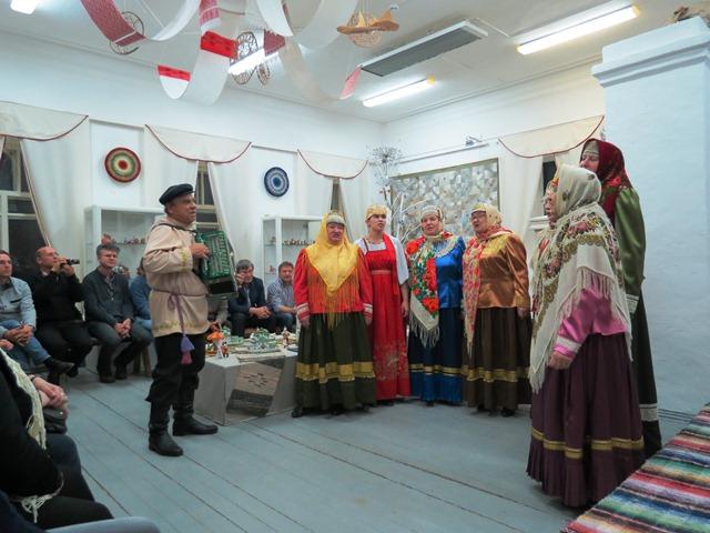 Kargopol ladies choir. (ESA/B. Bergaglio)