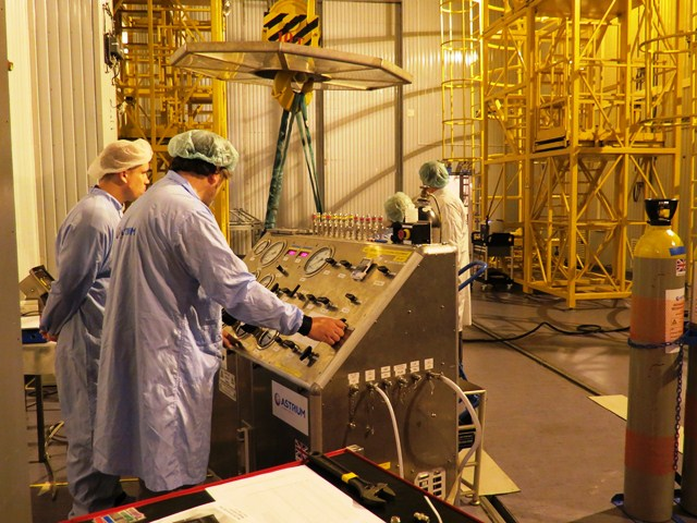 Preparing to fuel the first Swarm satellite. (ESA/B. Bergaglio)