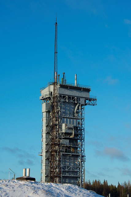 Rockot launch tower at the Plesetsk Cosmodrome. (ESA–S. Corvaja)