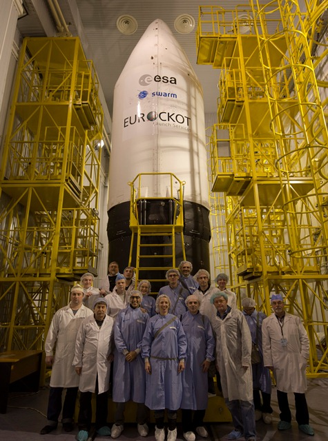 Team infront of the sealed fairing. (ESA–S. Corvaja)