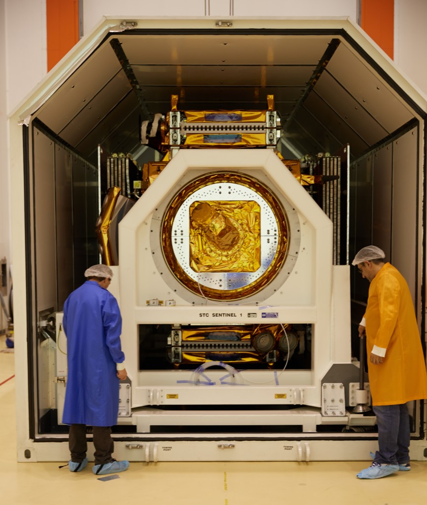 Opening Sentinel-1A's container after arriving in Kourou. (ESA–M. Shafiq)