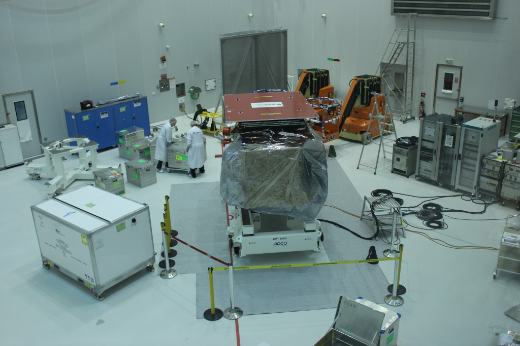 Cleanroom filling up with equipment (ESA/C. Wildner)