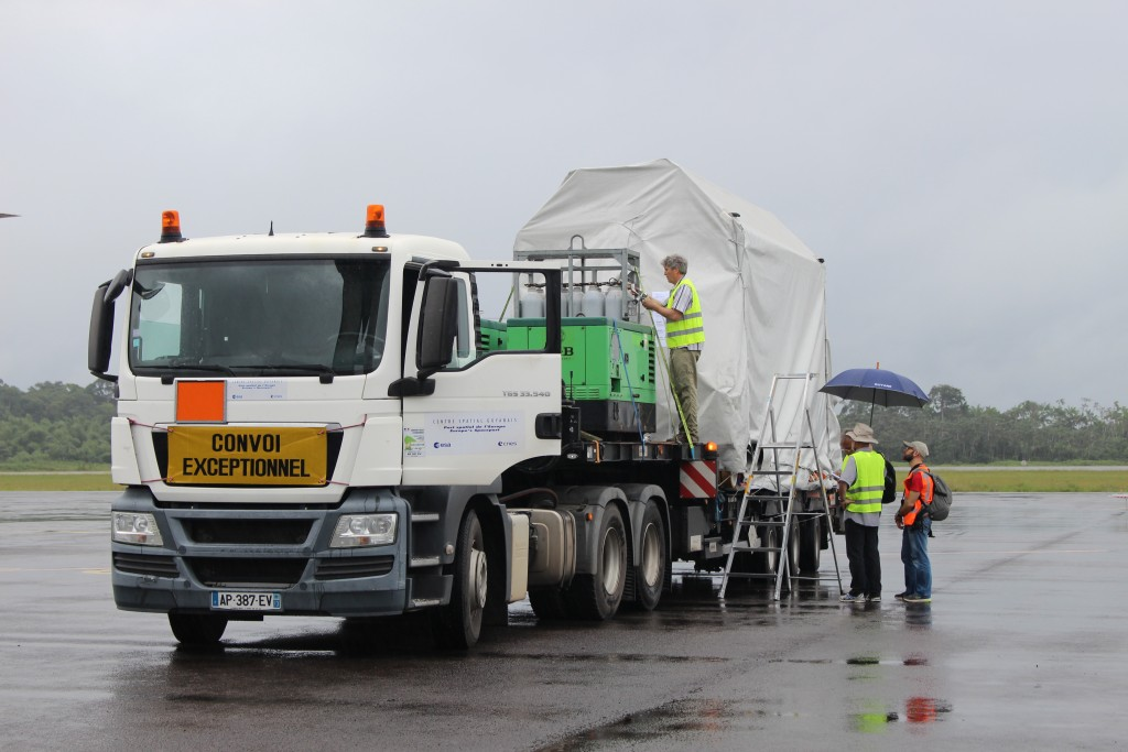 One of the containers on a truck for the drive to CSG. (ESA/C. Wildner)