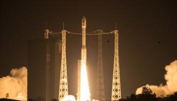 Liftoff of Vega VV05 carrying Sentinel-2A. (ESA–M. Pedoussaut, 2015)