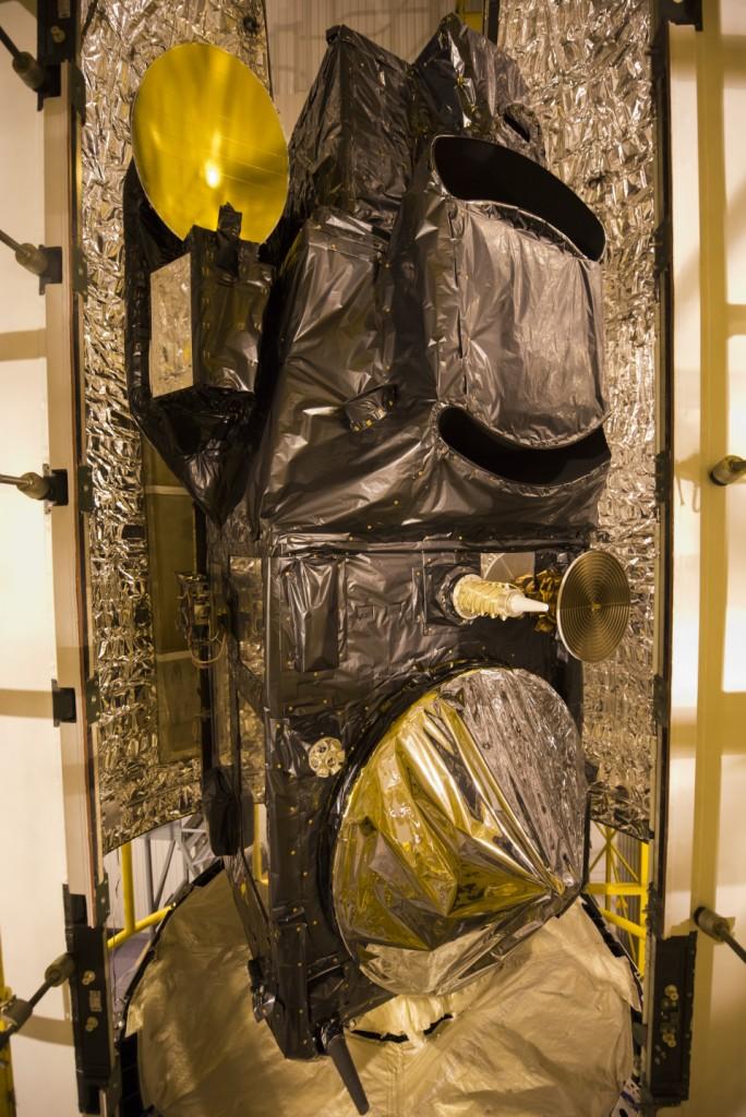 Sentinel-3A a tight fit in the fairing half shells. (ESA)