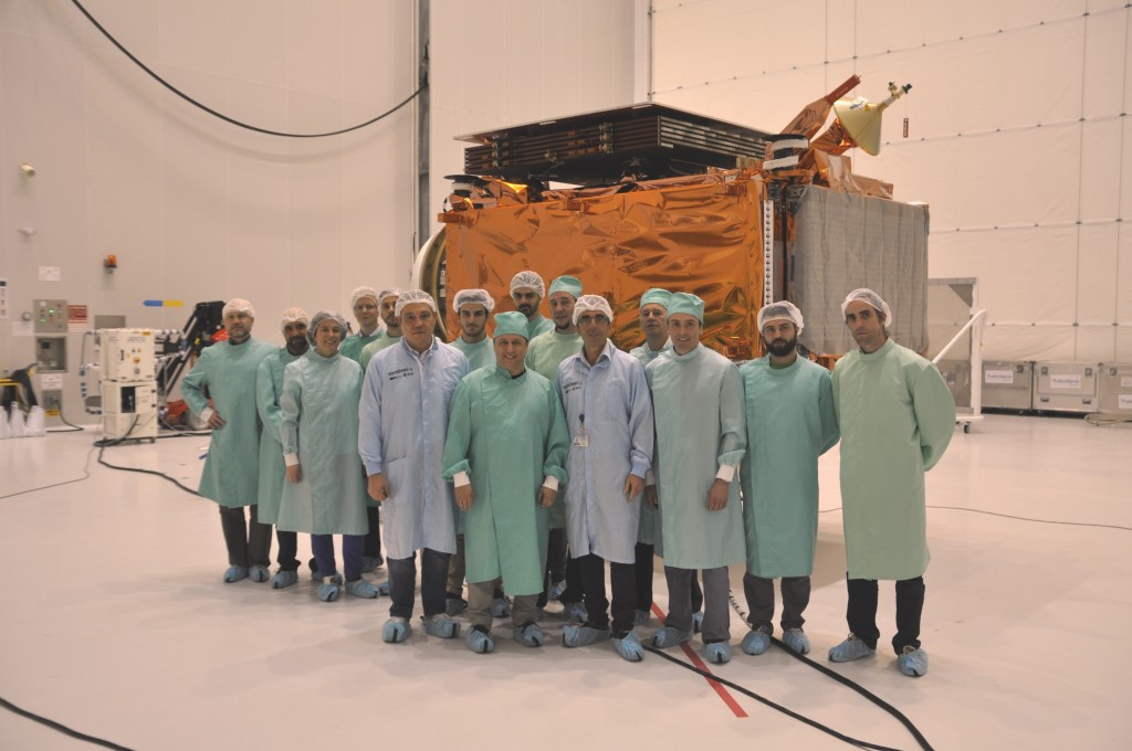 Microscope team visiting Sentinel-1B