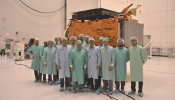Microscope team visiting Sentinel-1B