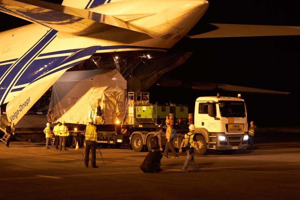 Sentinel-2B being unloaded in French Guiana. (ESA)