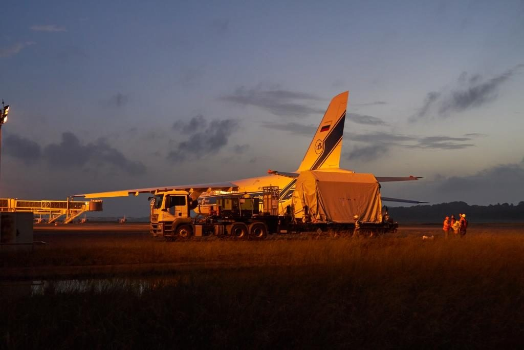 Sentinel-2B arrives in French Guiana. (ESA)