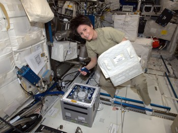 ESA astronaut Samantha Cristoforetti working with Kubik on the International Space Station. Credits: ESA/NASA