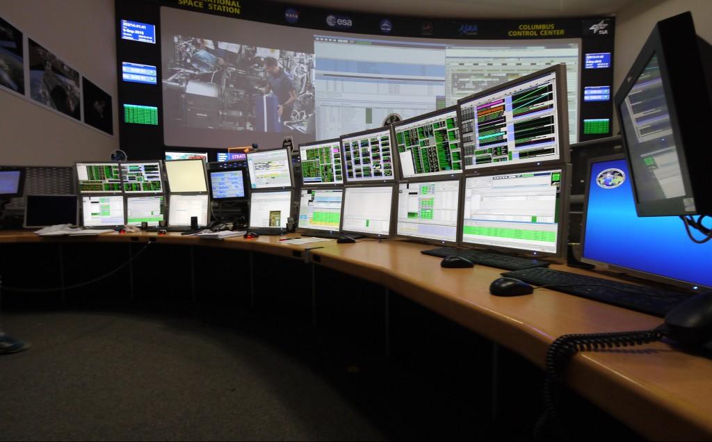Many monitors for monitoring Columbus. Credits: ESA–J. Harrod CC BY SA IGO 3.0