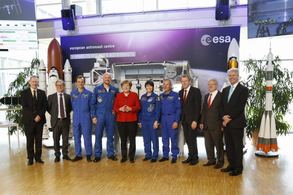 Chancellor Angela Merkel visit to ESA's European Astronaut Centre EAC and DLR in Cologne, Germany, 18 May 2016. Image: ESA/S. Grothues.