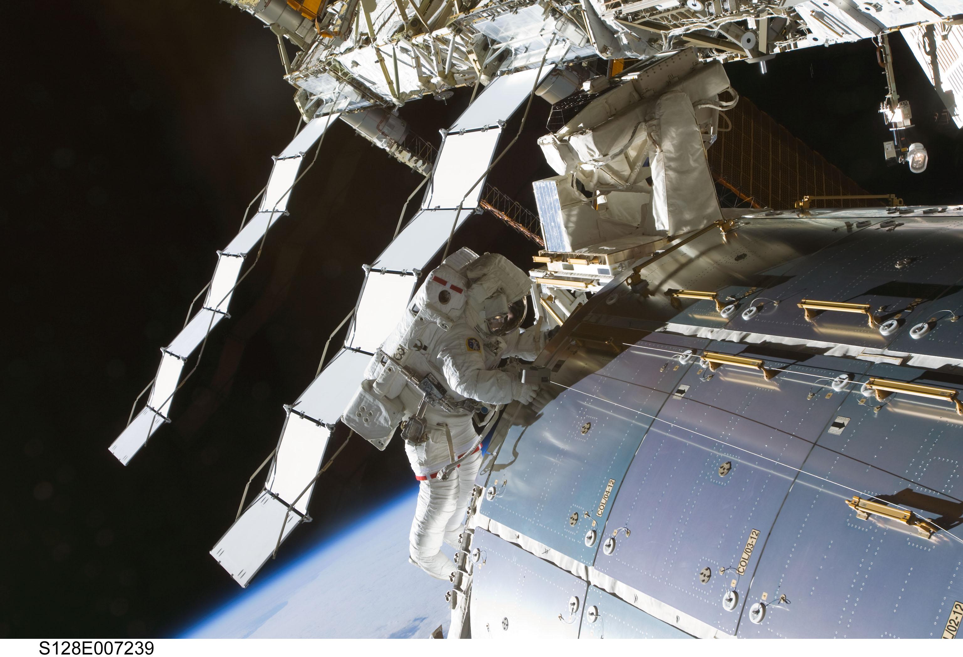 space station ammonia leak - photo #17