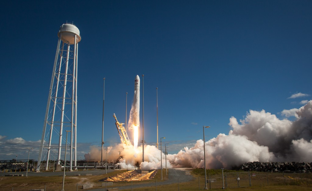 Antares launch with Cygnus.