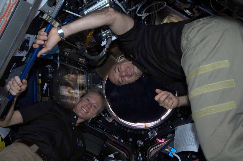 After capture. Credits: ESA/NASA