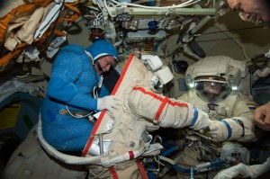 Russian cosmonauts Fyodor Yurchikhin (left) and Alexander Misurkin in the Docking Compartment. Credit: NASA