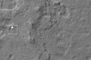 Curiosity rover descending under parachute to martian surface, as seen by NASA Odyssey Credit: NASA/JPL-Caltech/Univ. of Arizona