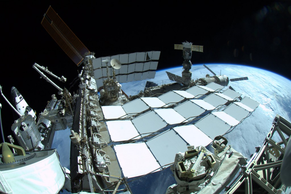 @Astro_Taz took the most amazing #ISS px ever
