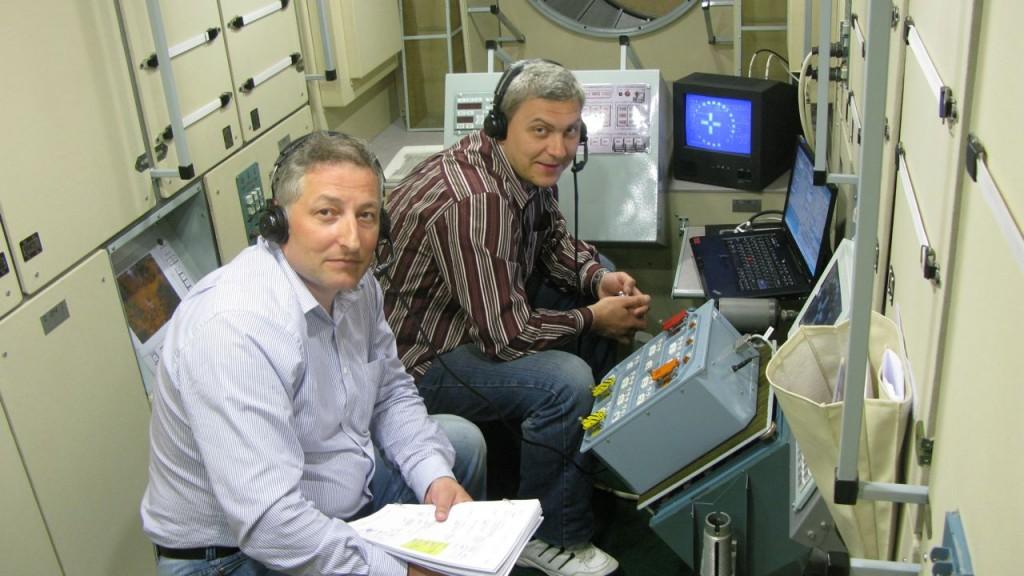 GCTC experts train at EAC Cologne on ATV simulator Credit: ESA/L. Ferra