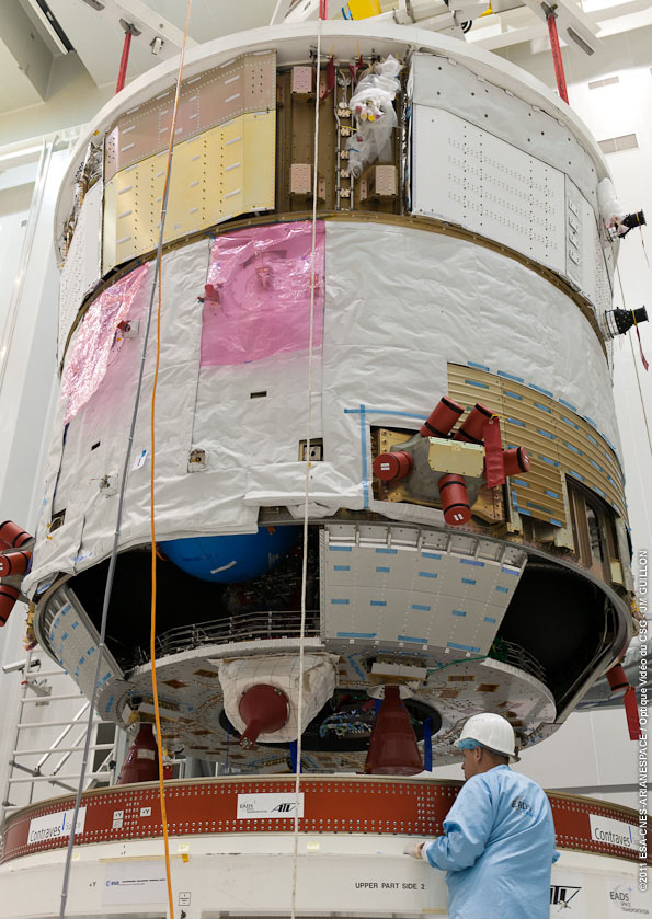 ATV-4 on its support dolly in Kourou Building S5C. Credit: ESA/CNES/Arianespace/Optique