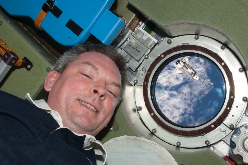 Russian cosmonaut Alexander Samokutyaev with last Shuttle. Credit: ESA/NASA